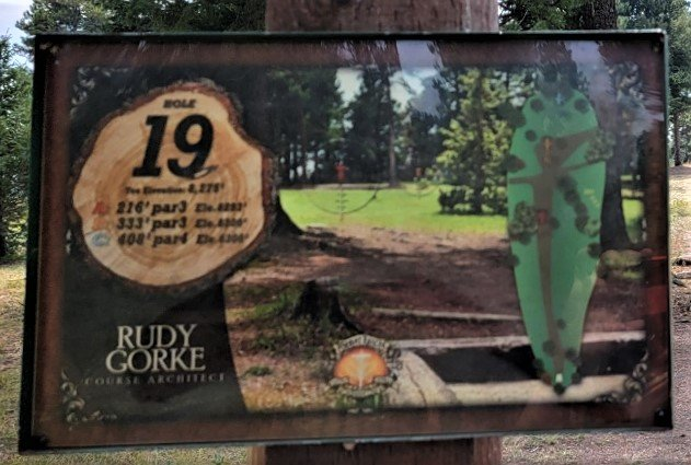 19th tee sign beaver ranch disc golf course